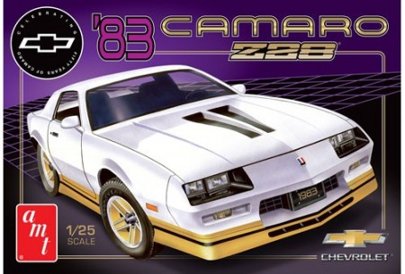 AMT 1/25 Chevy Camaro Z28 1983 (50th Anniversary)