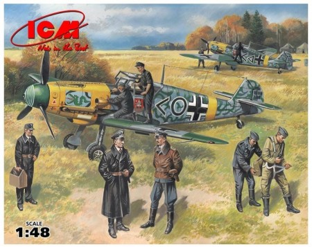 ICM 1/48 Bf109 F-2 with German Pilots and Ground Personnel