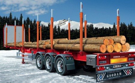 Italeri 1/24 Timber Trailer