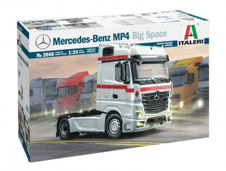 Italeri 1/24 Mercedes-Benz MP4 Big Space