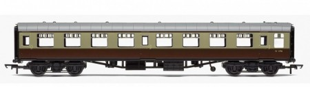 Hornby RailRoad BR Mk1 Tourist Second Open Coach R4630