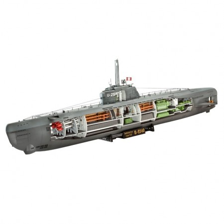 Revell 1/144 German Submarine Type XXI with Interior