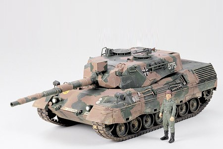 Tamiya 1/35 West German Tank Leopard A4