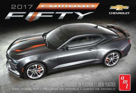 AMT 1/25 Chevy Camaro 50th Anniversary 2017