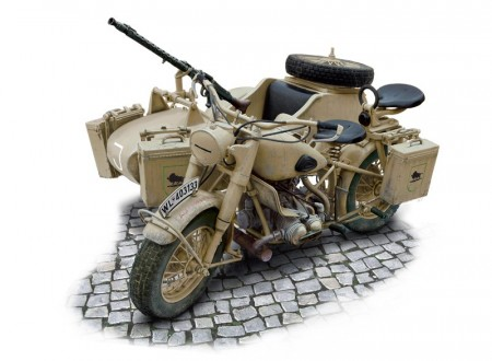Italeri 1/9 BMW R75 German Military Motorcycle with Sidecar
