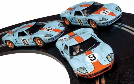 Scalextric Bilsett 1/32 Legends Ford GT40 Gulf Triple Pack - Limited Edition