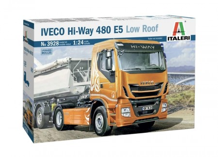 Italeri 1/24 Iveco Hi-Way 480 E5 Low Roof