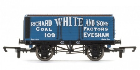 "Hornby 7 Plank Wagon ""Richard White & Sons"" R6757"