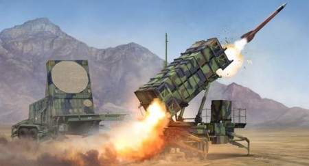 Trumpeter 1/35 M901 Launching Station & AN/MPQ-53 Radar Set of MIM-104 Patriot SAM System (PAC-2)