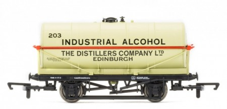 "Hornby 20 Ton Tank Wagon ""Industrial Alcohol"" R6769"