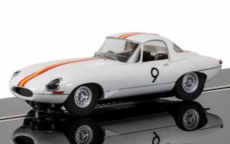 Scalextric 1/32 Jaguar E-Type No.9 - 1965 Bathurst