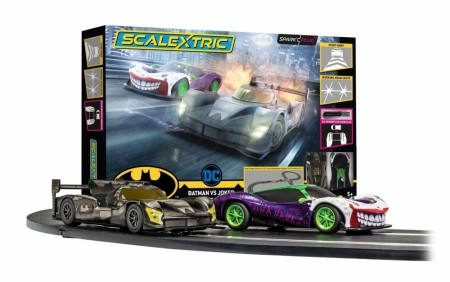 Scalextric Bilbane 1/32 Batman vs Joker Race Sparkle Plug Sett