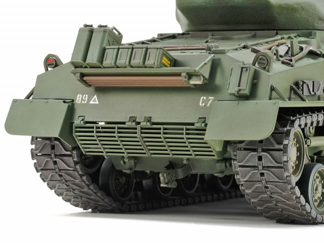Tamiya 1/35 U.S Medium Tank M4A3E8 Sherman Easy Eight Korean War
