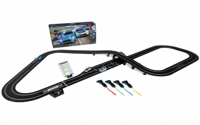 Scalextric Bilbane 1:32 ARC Pro Digital Plantinum GT Set
